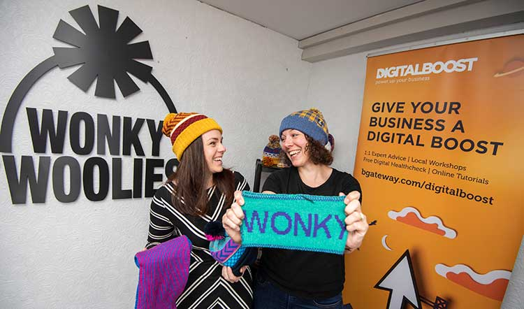 Kate Forbes MSP and Alison Potts, Wonky Woolies_ photo Phil Wilkinson