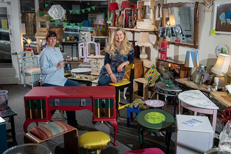 (l-r) Anna Piasecka and Angela Poultney who are establishing an upcycling hub in Paisley