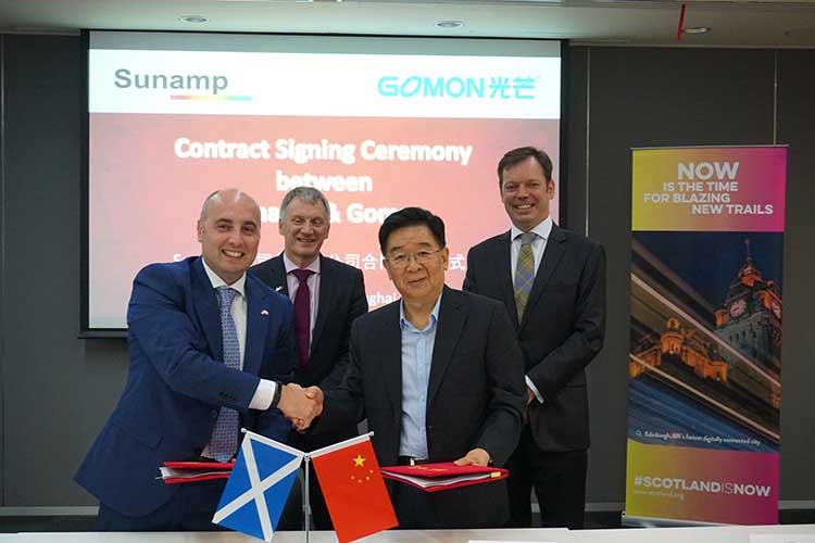 Sunamp signs MoU with Gomon in presence of Scottish Trade Minister Ivan McKee