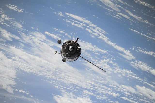 - satellite 1030782 640 - World's Oldest Satellite Launch Broker Expands into Booming Scottish Space Industry